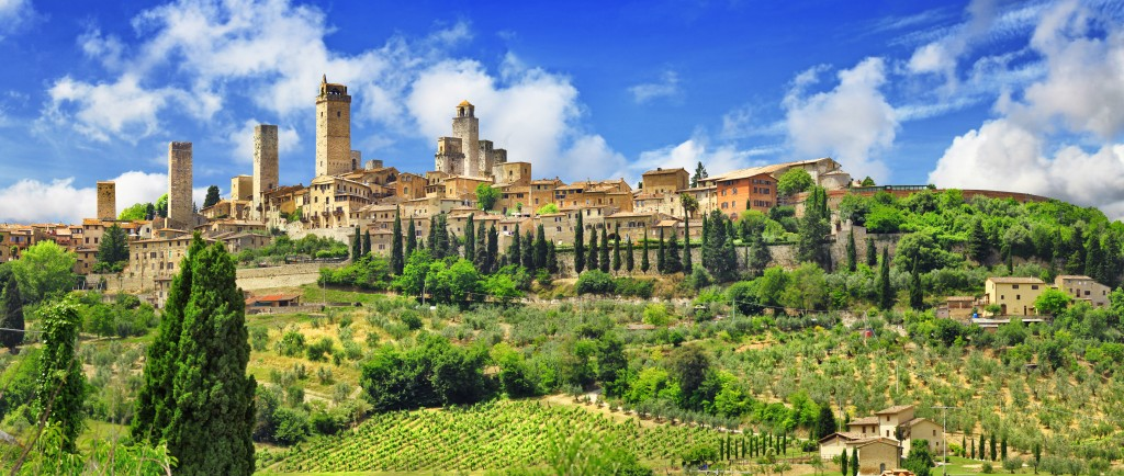 San Gimignano, Tuscany Journey from Florence: 2h00 train; 50mins car